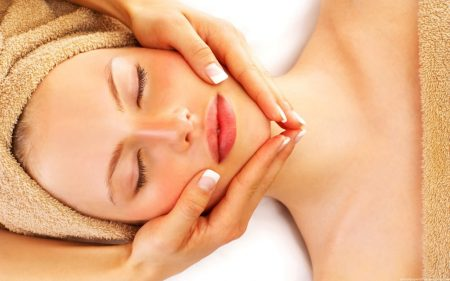 Yüz masajı, kırışıklar için yüz masajı, yüz masajı yapımı