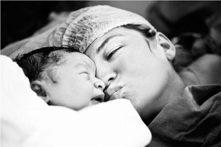 doğum fotoğrafı çekerken dikkat edilecekler, doğum fotoğrafında nelere dikkat edilmeli, doğum fotoğrafçılığı yapmak