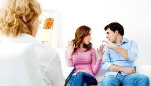 aile danışmanının ailelere faydası, aile danışmanının etkikeri, aile danışmanın yaptığı iş