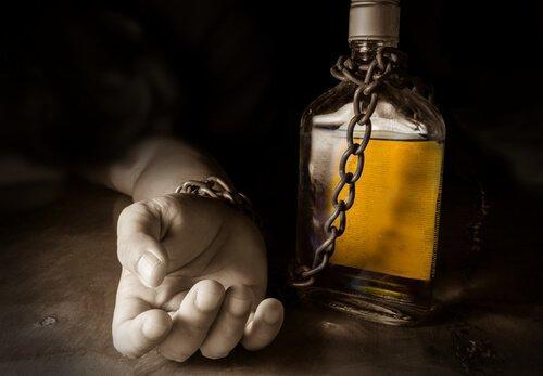 alkolizm nedir, alkolizm ne demek, alkolizm kimlerde görülür